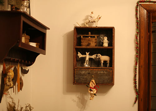 2009 – Primitive Folk Art by Old World Primitives