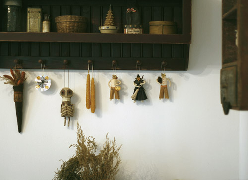 spun cotton ornament display